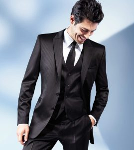 Best Suitmakers in Hong Kong, Buying a Suit in Hong Kong, Best Hong Kong Tailor-made Suits. L & K Bespoke Tailor Hong Kong